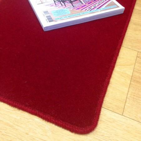 Tapis sur mesure en laine Framboise gamme Velvet finition surjet