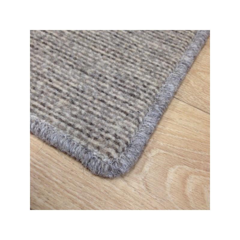 Tapis sur mesure en laine Gris Ecru gamme Axminster finition surjet