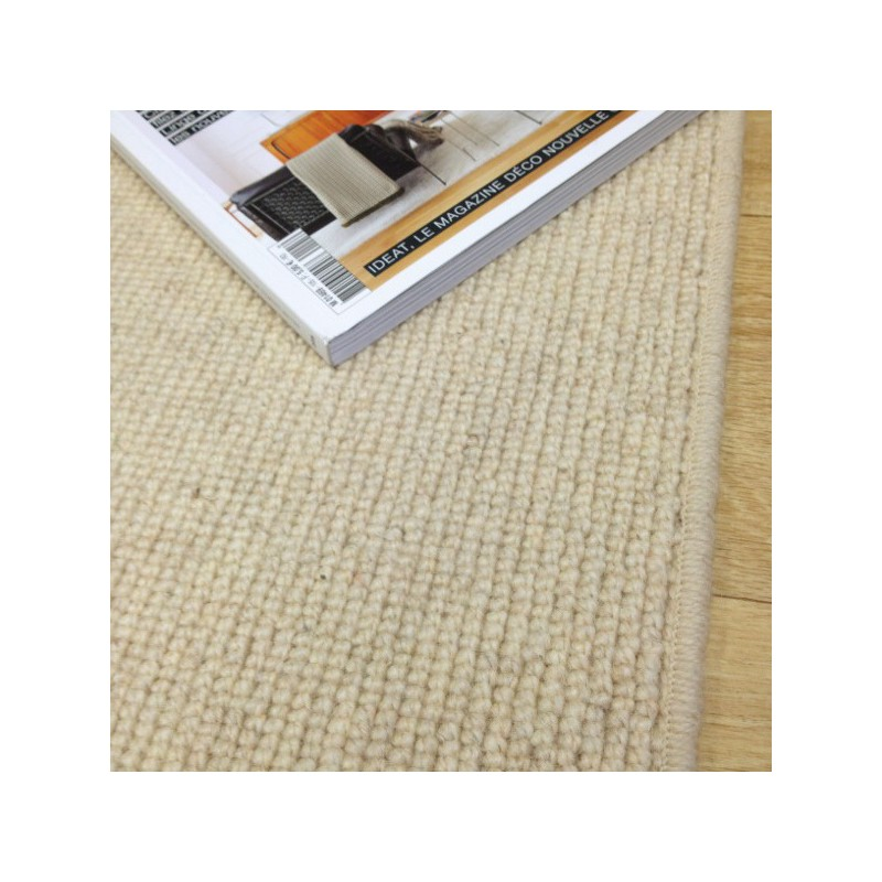 Tapis sur mesure en laine Blond clair gamme Dubai finition surjet