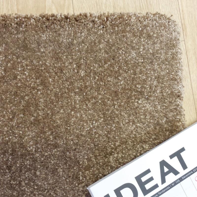 Tapis de salon beige sur mesure par tapis chic collection - Tapis salon beige ...