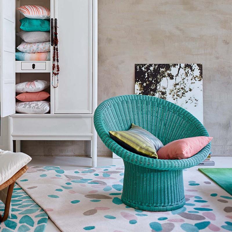 Tapis de salon Petals bleu pastel par Esprit Home