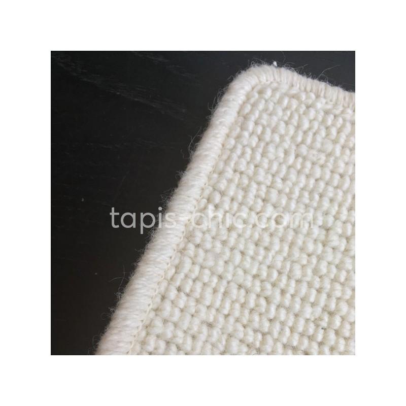 Tapis sur mesure en laine Blanc Neige gamme Dubai finition surjet