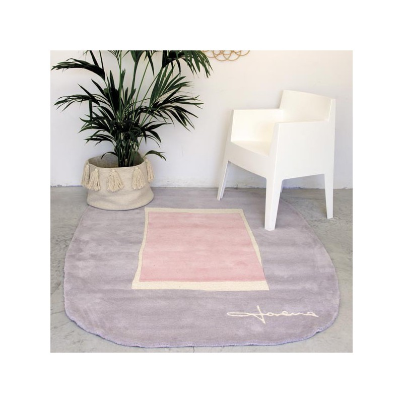 Tapis design en Laine Lake Rose par Lorena Canals