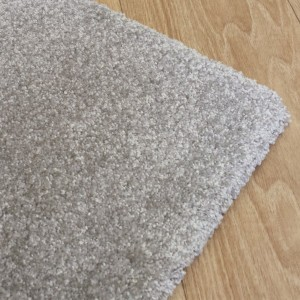 Tapis design gris sur mesure par Tapis Chic Collection