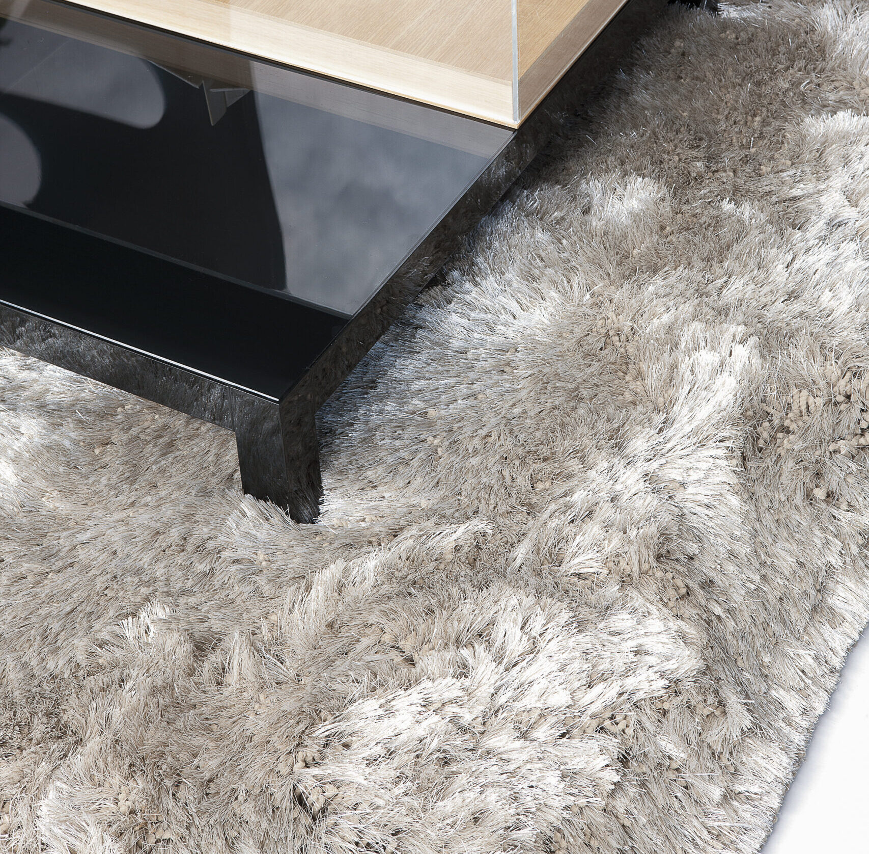 Comment Laver Un Tapis De Salon comment nettoyer un tapis à poils longs ? - blog tapis-chic
